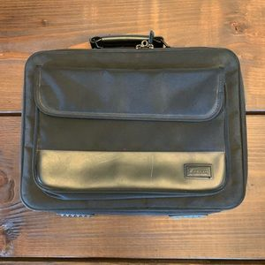 Targus Laptop Case / Bag Black